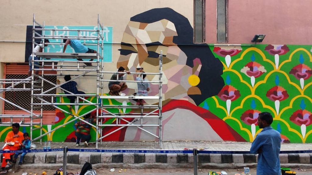 graffiti work on wall